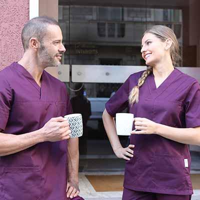 Une large gamme de blouse et tuniques médicales chez Manelli
