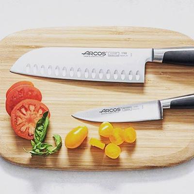 Tous les couteaux professionnels Arcos à découvrir sur Manelli